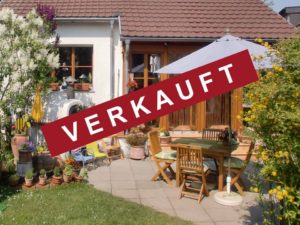 Vorlage Haus verkauft ohne Logo (schräg und weiß auf rot)jpg2