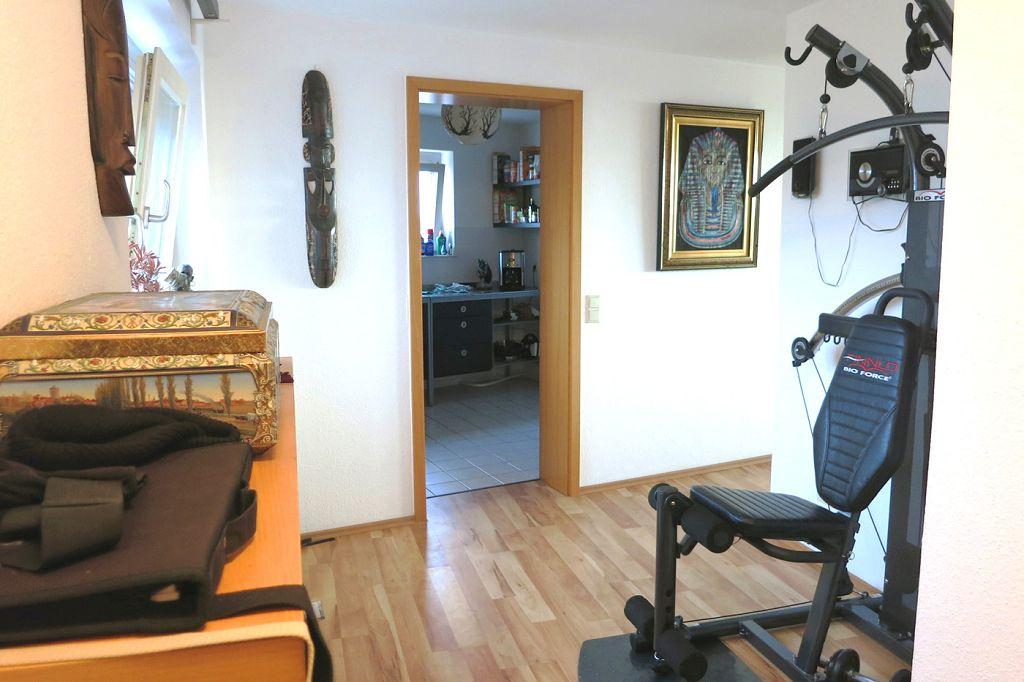 wohnung zu verkaufen in stuttgart plieningen sb immobilien. Black Bedroom Furniture Sets. Home Design Ideas